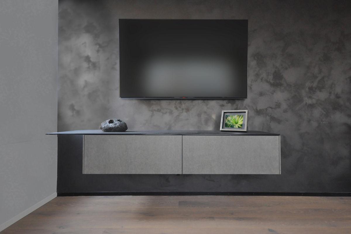 Visualisierung des Multimediamöbels mit satinierter Glasoberfläche und Keramikfronten