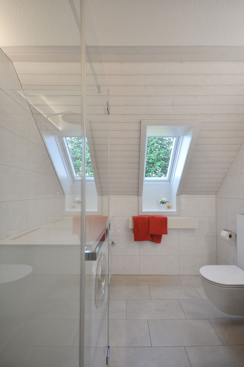 Referenz objekt umbau badezimmer und g ste wc arthur for Badezimmer platten