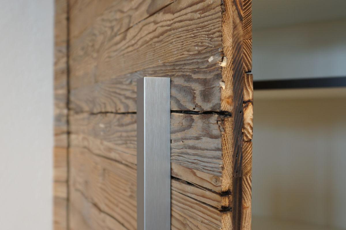Detail-Aufnahme: Altholz-Fronten