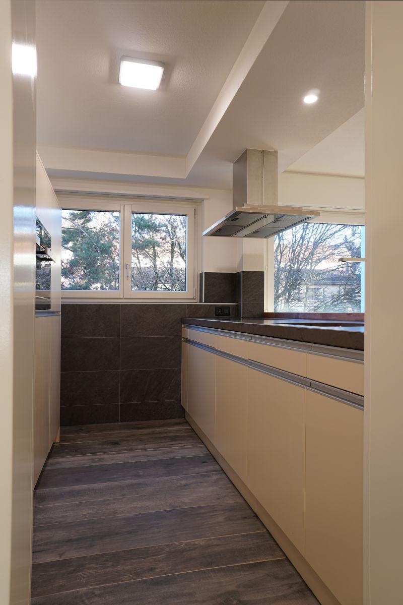 Blick vom Korridor in die neue Küche