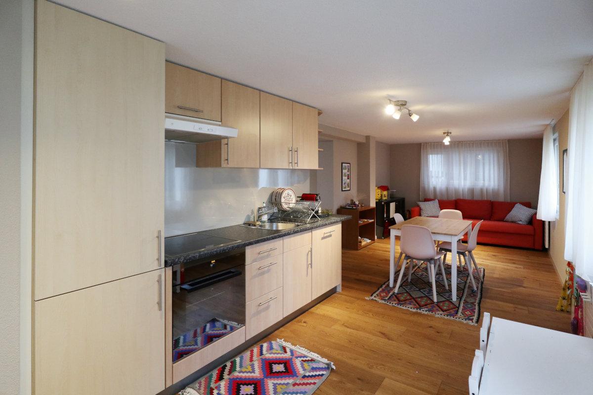 Für den Umbau wurde die Küche in der Einlegerwohnung komplett aus- und wieder eingebaut.