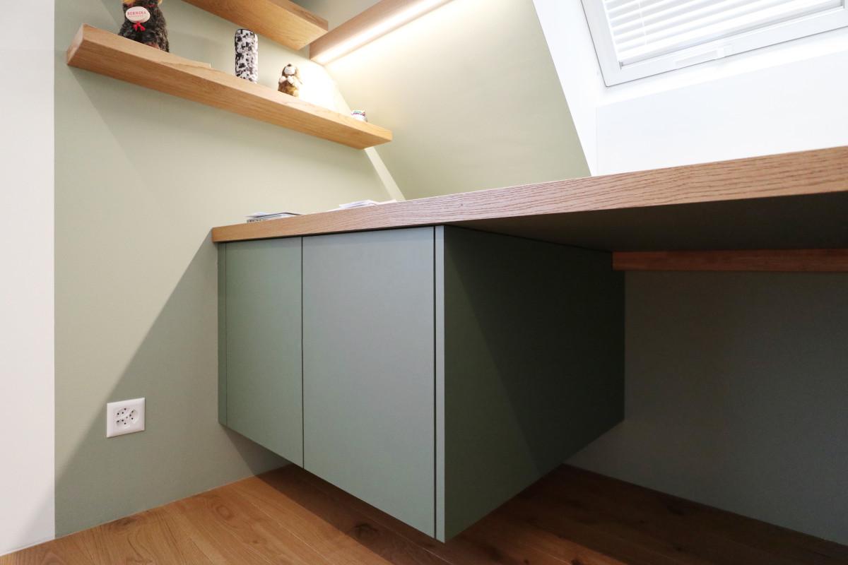 Hängendes Schreibtischmöbel