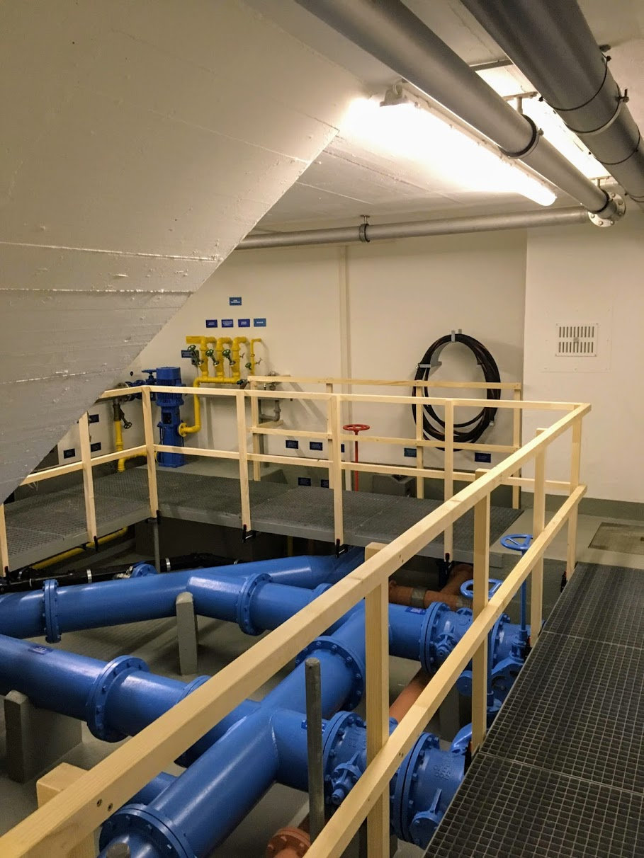 Provisorisches Geländer für den Tag der offenen Tür bei der Wasserversorgung Hedingen
